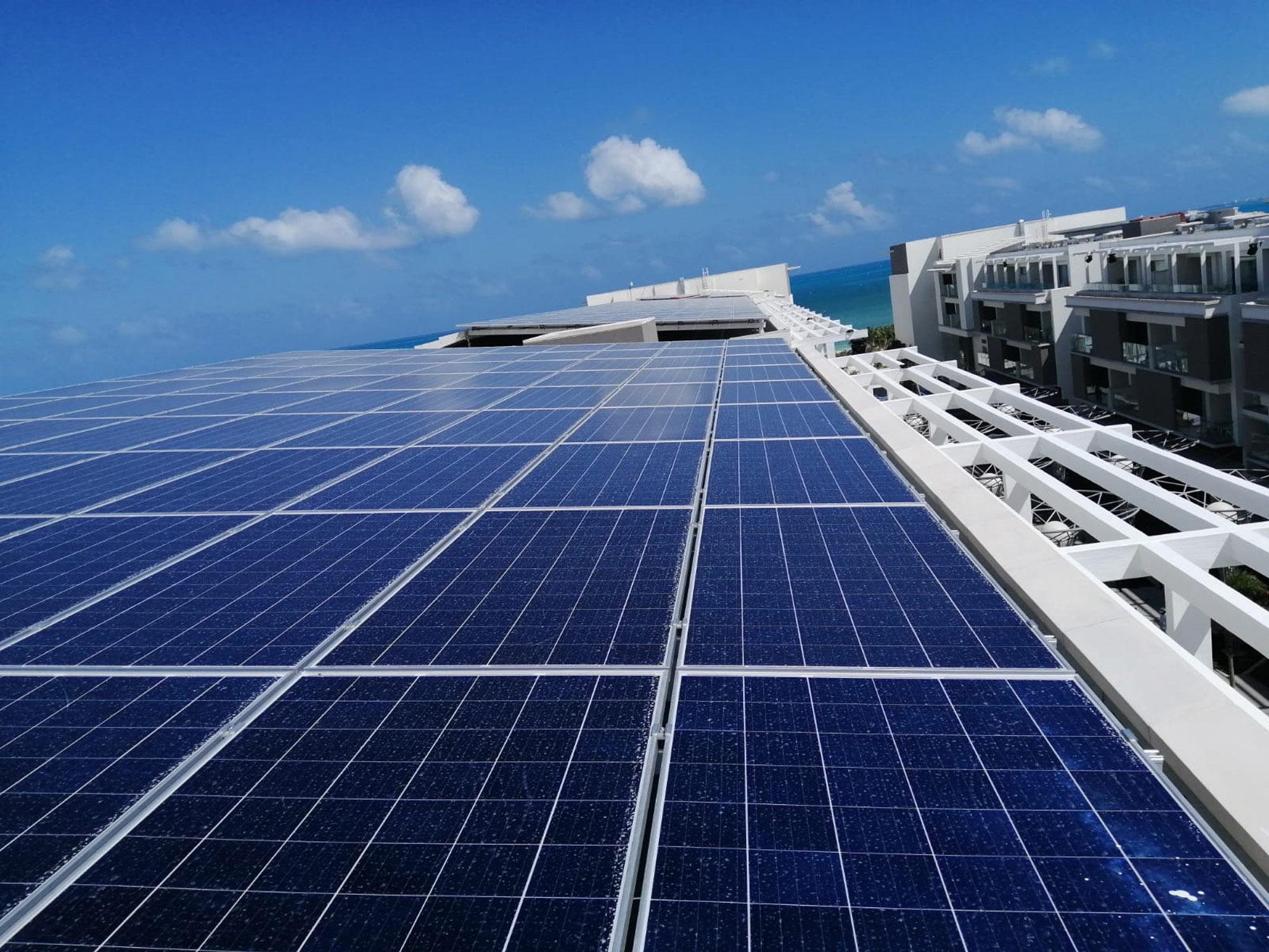 proyecto-placas-solares-hoteles
